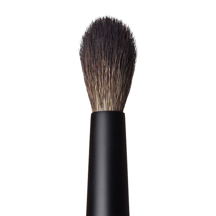 #42:BLENDING EYESHADOW BRUSH 3