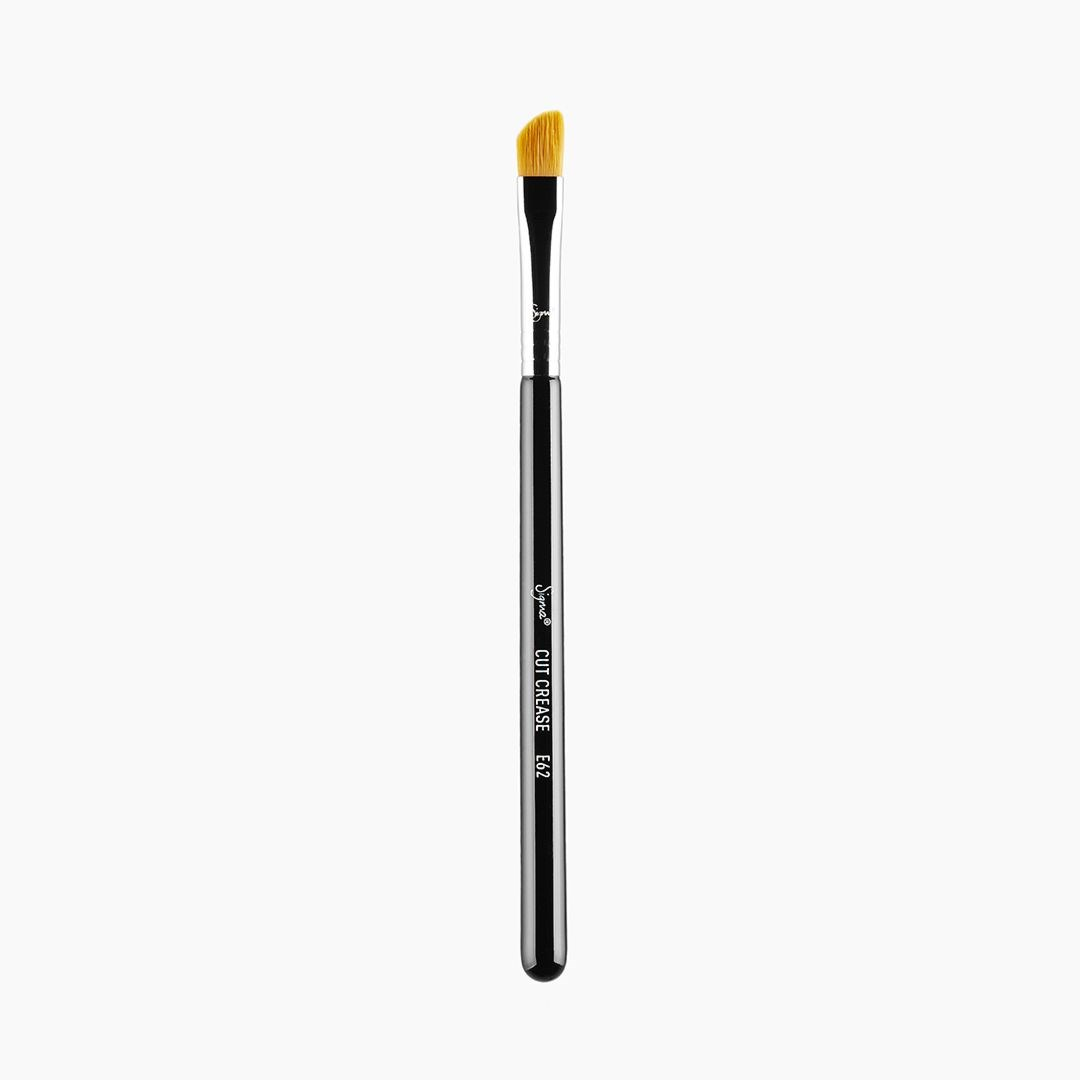 E62 - CUT CREASE BRUSH 3