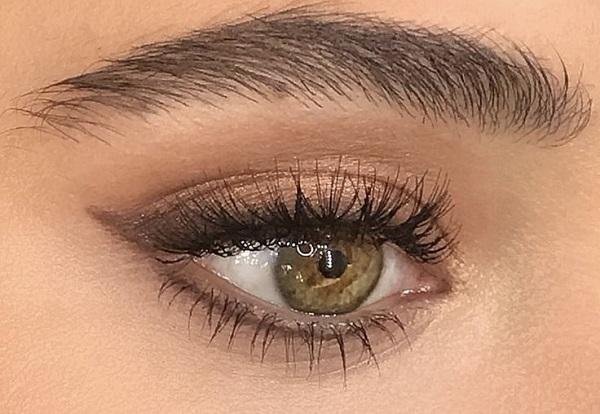Nude Göz Makyajı